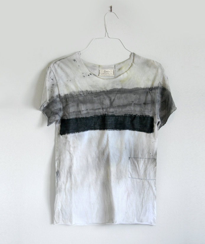 fade-in-gray-abstract-unisex-hand-painted-rannka-t-shirt