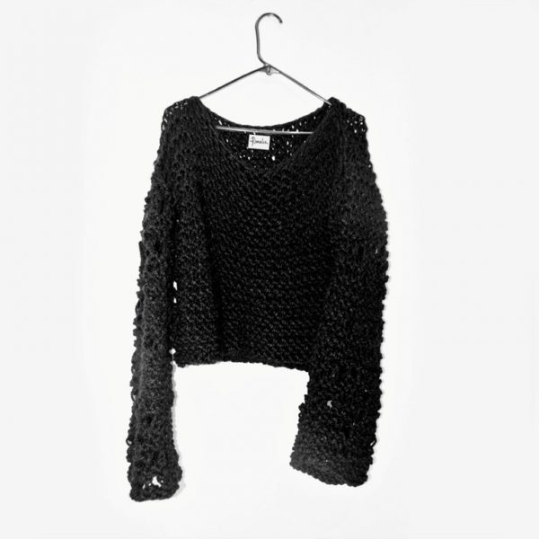 black chunky bulky heavy warm unisex urban sweater