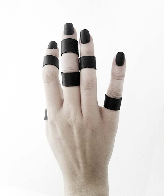 minimalist-black-vegan-leather-rannka-ring