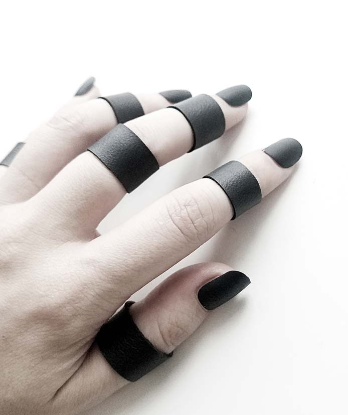 TINY BLACVK RING ON SALE