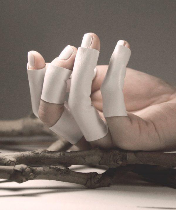 extra-long-shite-vegan-leather-rannka-rings