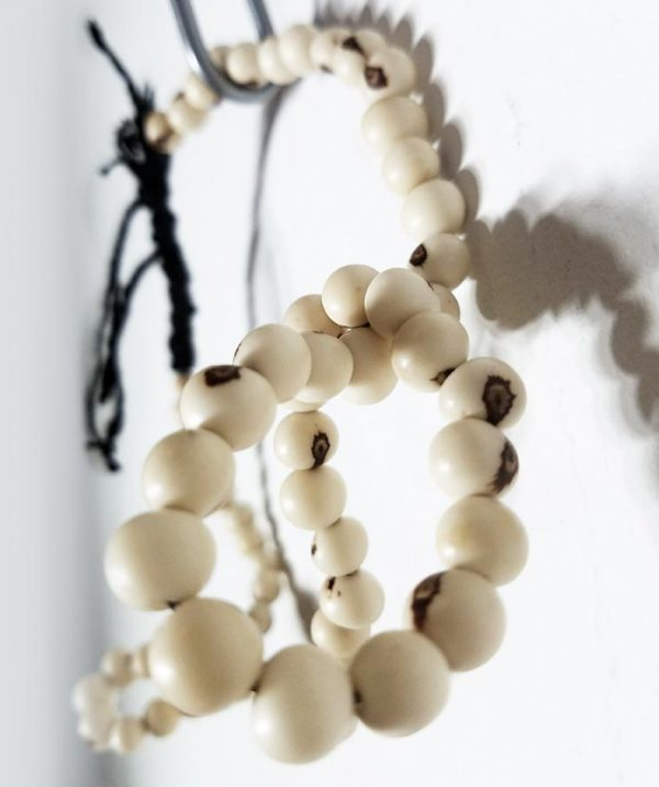 5-White-short-Acai-seed-necklace