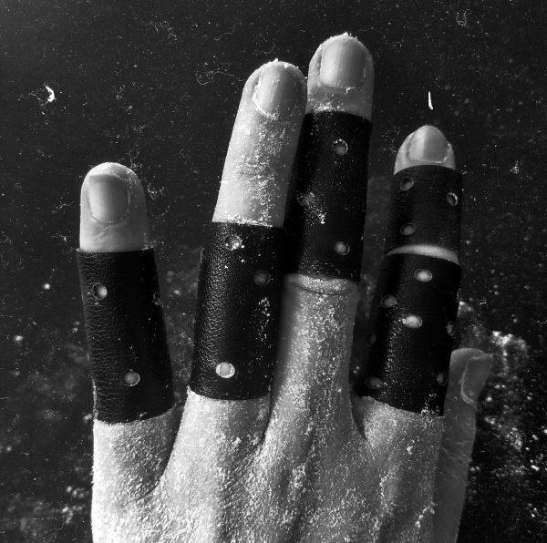 hole polka dot rannka nocturne black matte unisex vegan rings