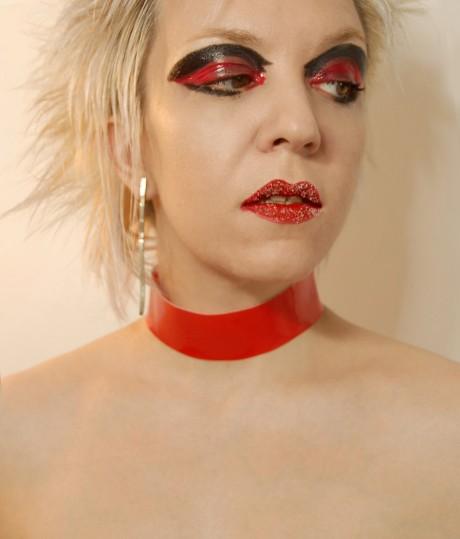 Red Glossy Choker