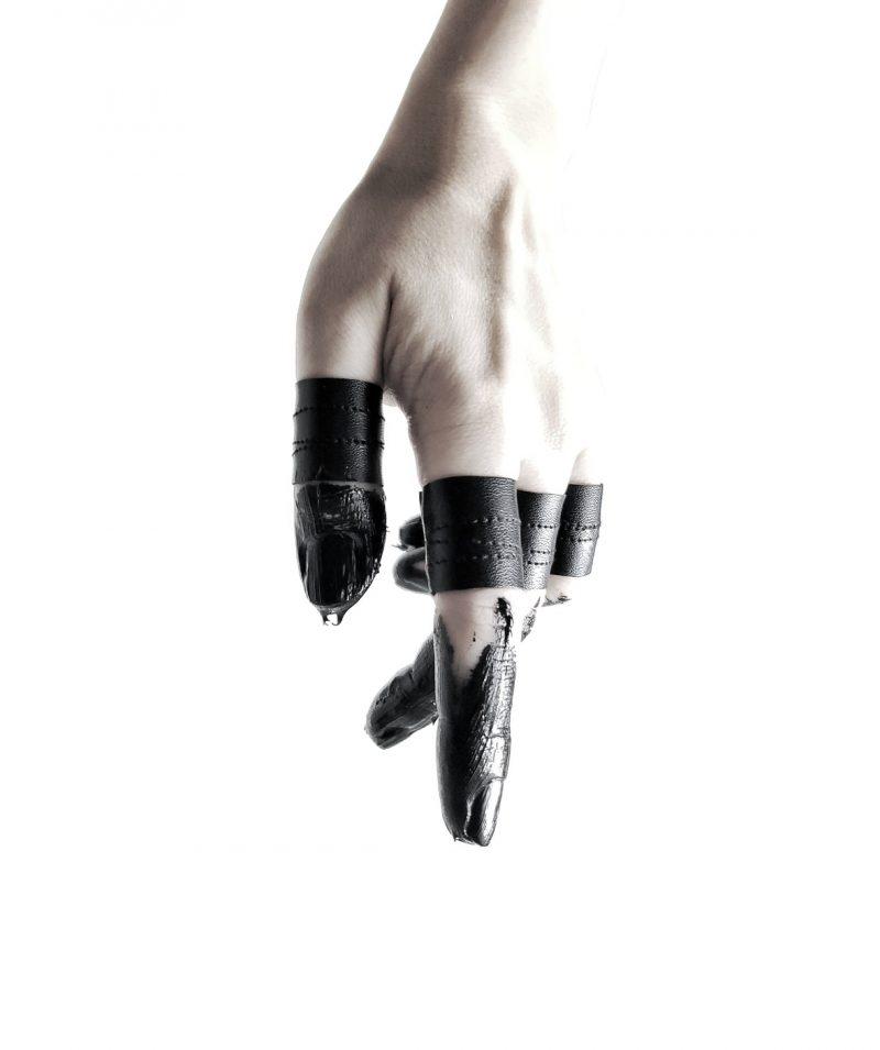 black-vegan-leather-shield-rannka-rings-set