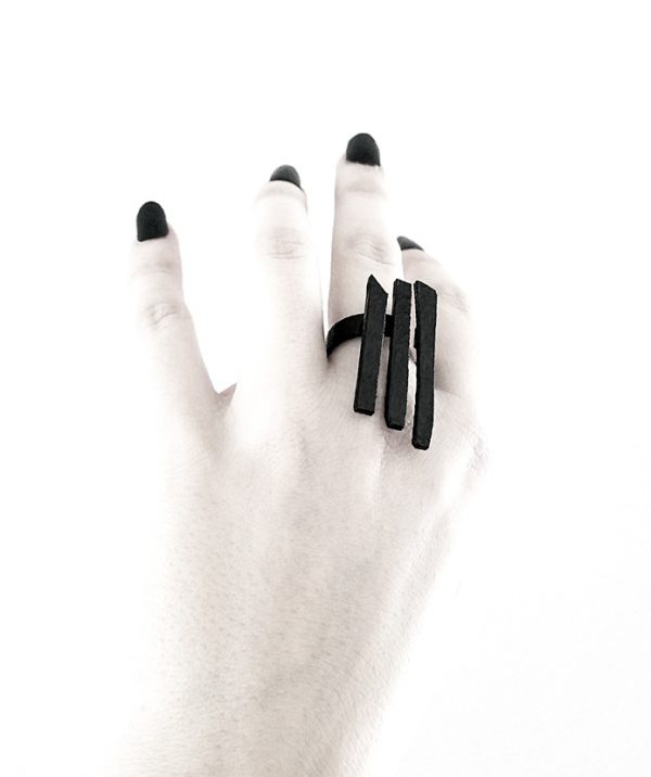 rannka-gate-ring-long-witchy-unisex-black-steel-rings