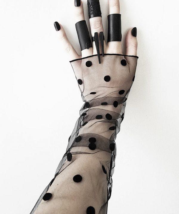 polka-dot-rannka-black-organza-lace-sleeves