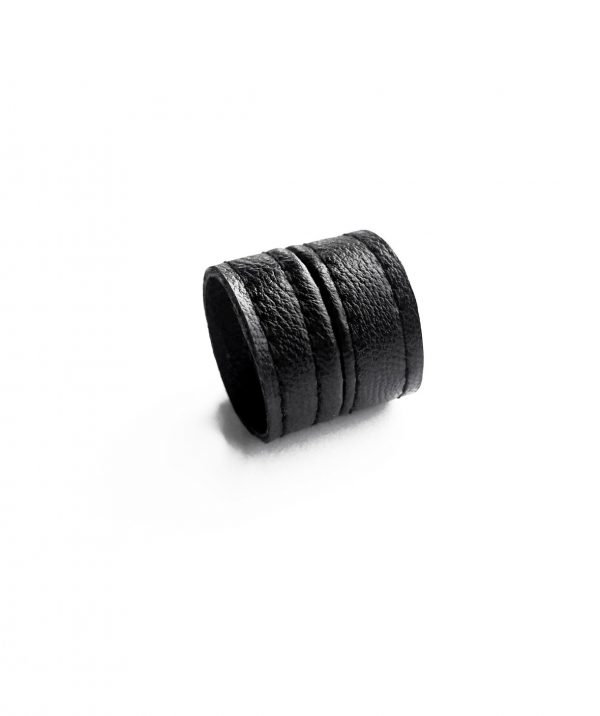 BLACK-LEATHER-RING-RANNKA-TOWER-RING-BAND