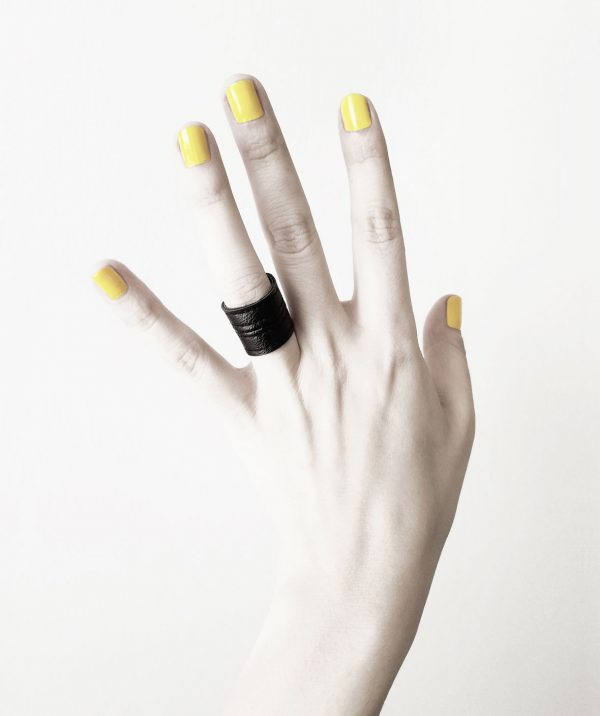 LEATHER-RING-BLACK-TOWER-RANNKA-VEGAN-MAN-WOMAN-RING