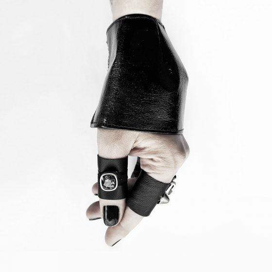 anu's-cuff-in-black-pvc-and-black-shadow-swarovsky-crystal-leather-rannka-ring-armor