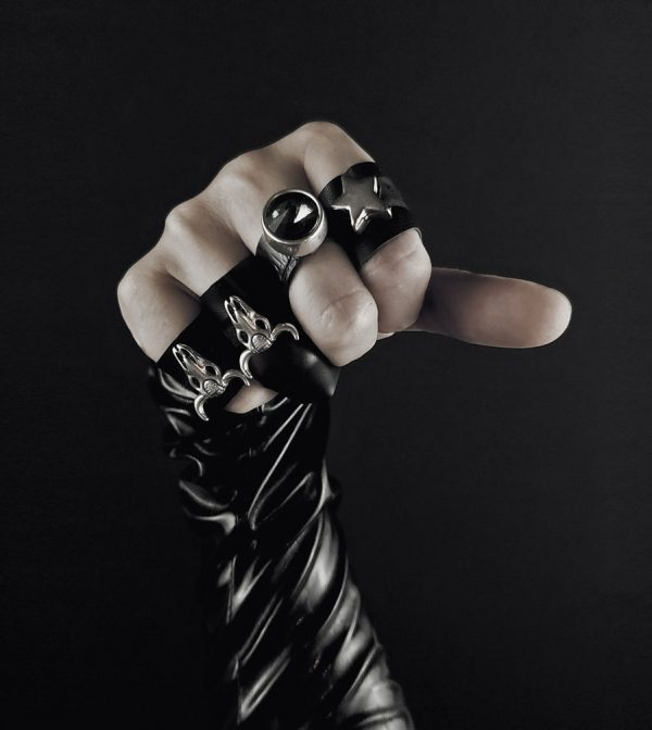 armor-ring-collection-rannka-Shadow-Rock,-Black-Swarovski-Armor-collection-rannka-ring-band