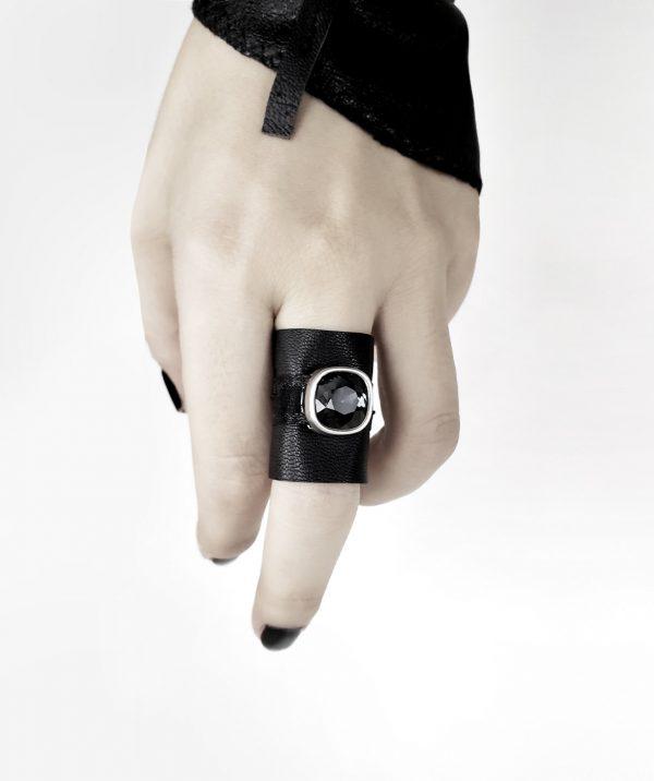 shadow-rock-ring-rannka-black-vegan-leather-ring-with-black-swarovsky-crystal