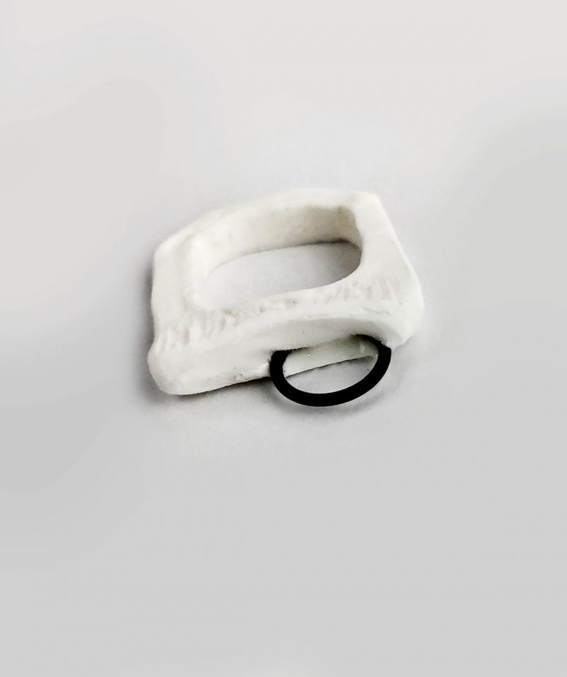 minimalist-white-stacking-ring-resin-iron-rannka-contemporary-art-jewelry