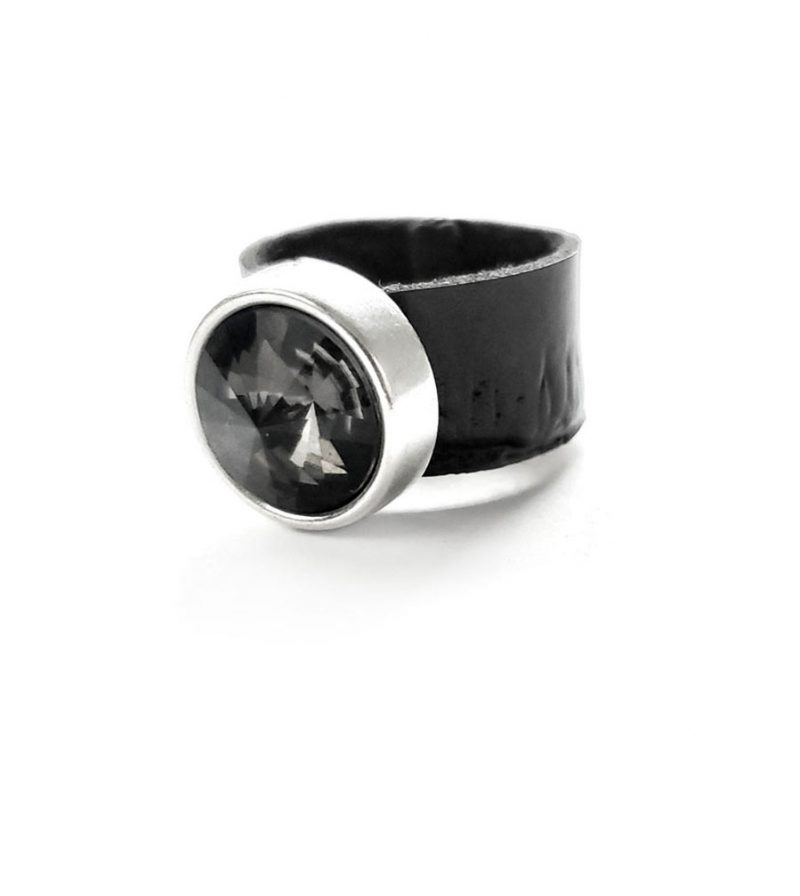 Shadow-Rock-black-sturdy-ring-band-with-black-genuine-Swarovski-crystal