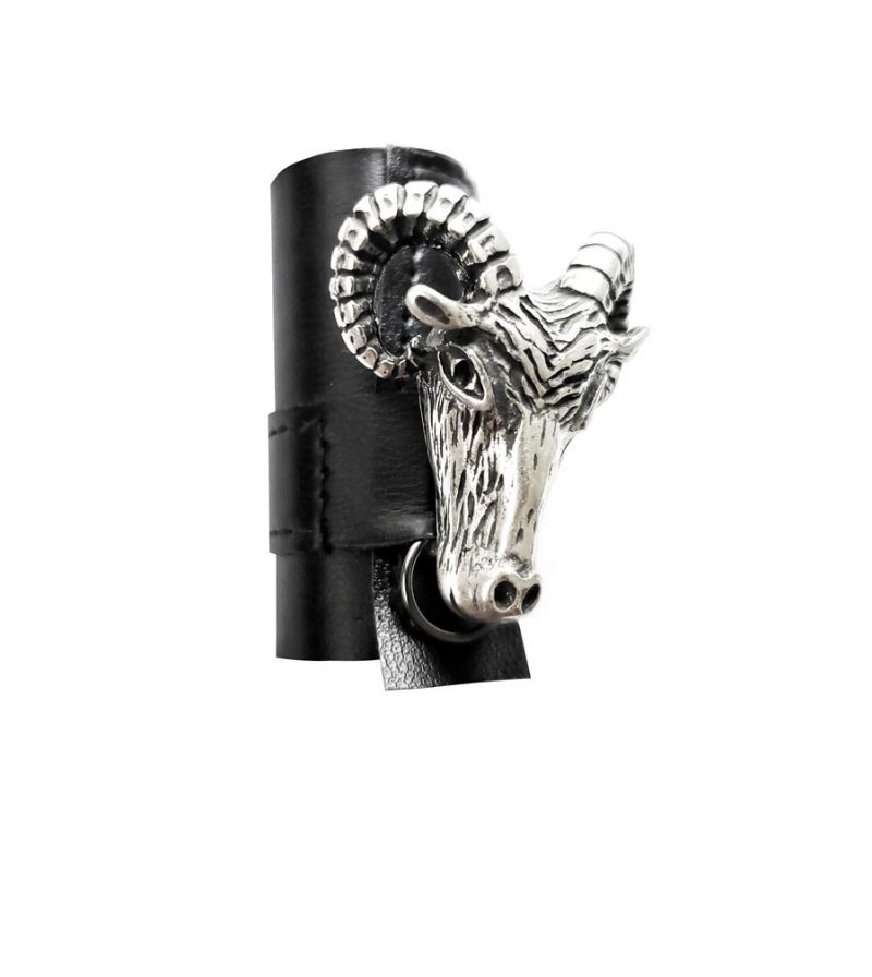 large-leather-ring-black-ram-head-goat-had-ring-rannka