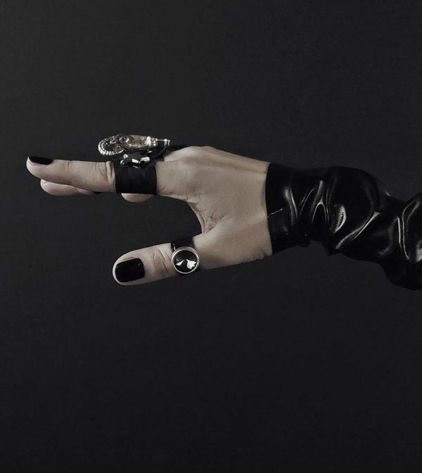 rannka-black-leather-ring-armor-collection-shadow-swarovski-ring-silver-metal-casting-goat-ram