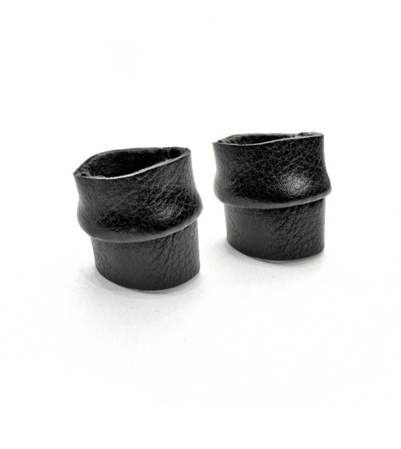 rannka-black-sturdy-twin-ring-faux-leather-vegan-ring-bands