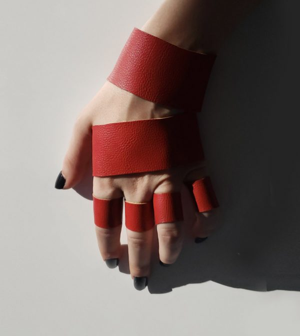 rannka-red-set-double-bracelet-and-rings