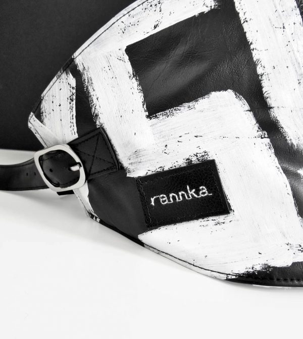 black-and-white-vegan-leather-street-urban-hand-painted-corset-belt-rannka-detail