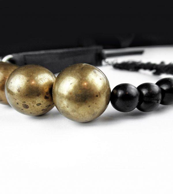 black-leather-raw-brass-choker-necklace-with-acai-black-beads-rannka-jewelry-detail-3