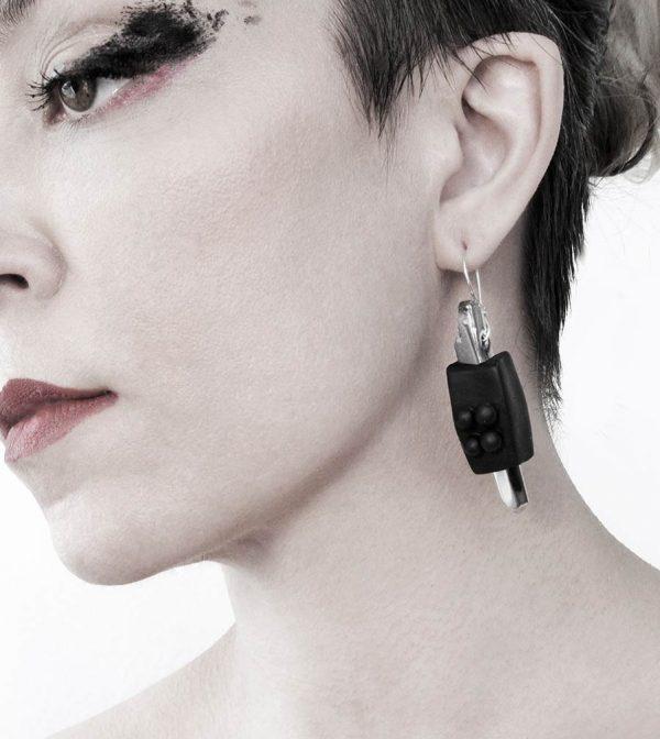 11-rannka-FABRIKA-earrings-loong-black-sterling-silver-and-silver-quarc-artisan-earring-jewelry-b