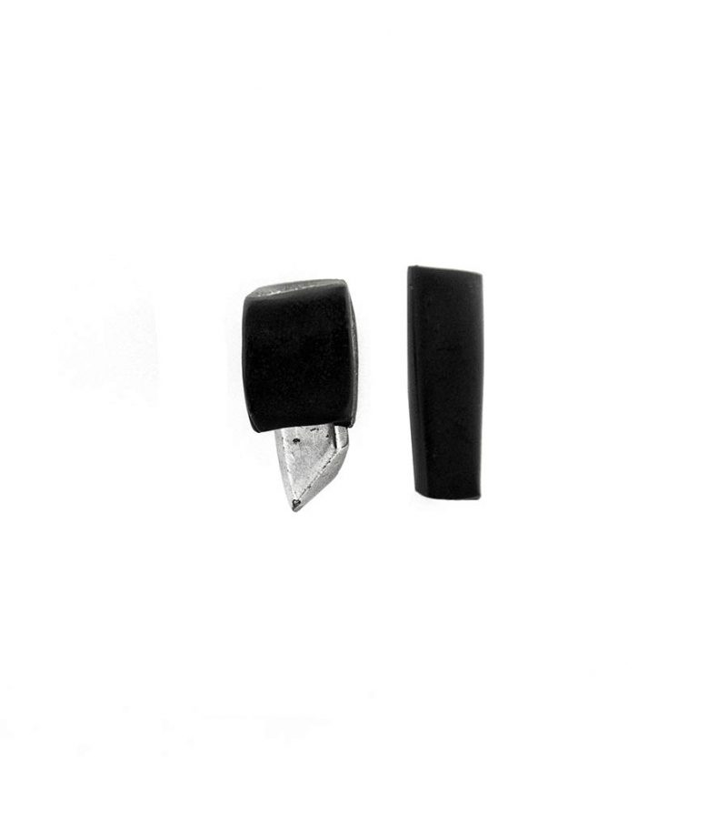 29–rannka-FABRIKA-earrings-loong-black-sterling-silver-and-silver-quarc-artisan-earring-jewelry