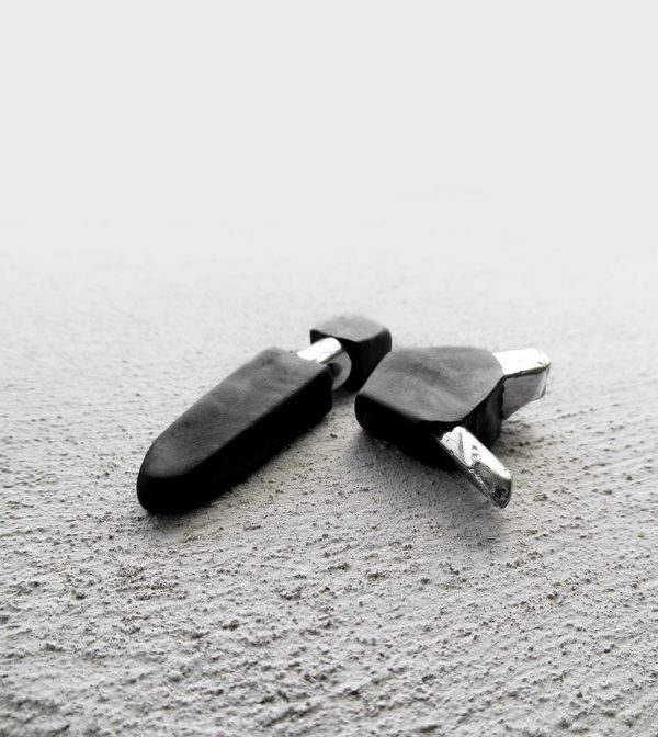 5-rannka-FABRIKA-earrings-loong-black-sterling-silver-and-silver-quarc-artisan-earring-jewelry-a