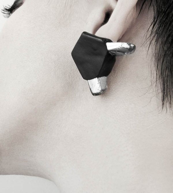 5-rannka-FABRIKA-earrings-loong-black-sterling-silver-and-silver-quarc-artisan-earring-jewelry-e