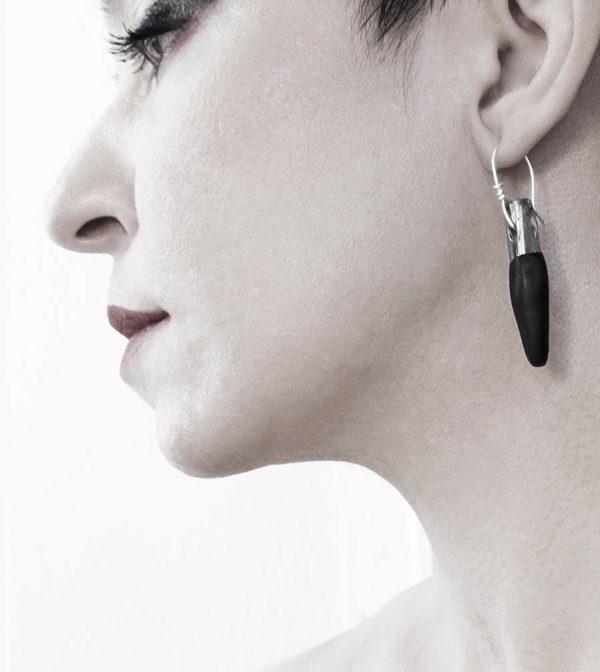 8–rannka-FABRIKA-earrings-loong-black-sterling-silver-and-silver-quarc-artisan-earring-jewelry-e
